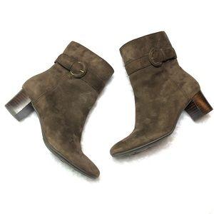 Bandolino Demelza Leather Upper Brown Suede Boots
